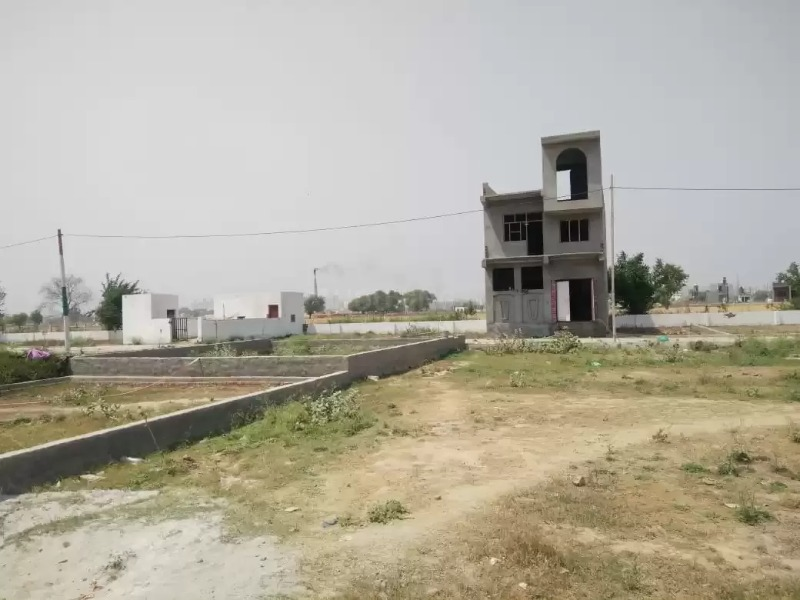 buy plots in noida in  listed under Real Estate - Land / Plots for Sale