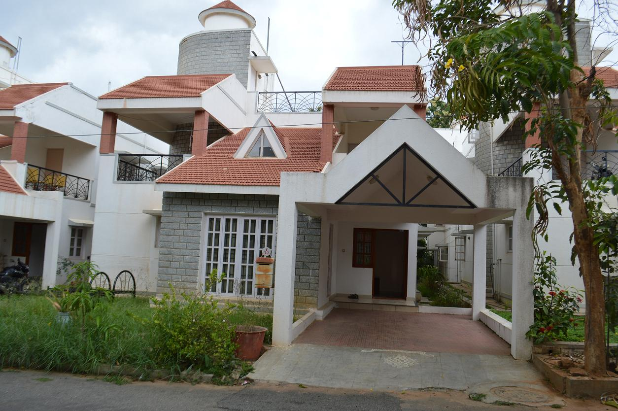 4 BHK VILLA DUPLEX FURNISHED FOR RENT @  ELECTRONIC CITY, BANGALORE