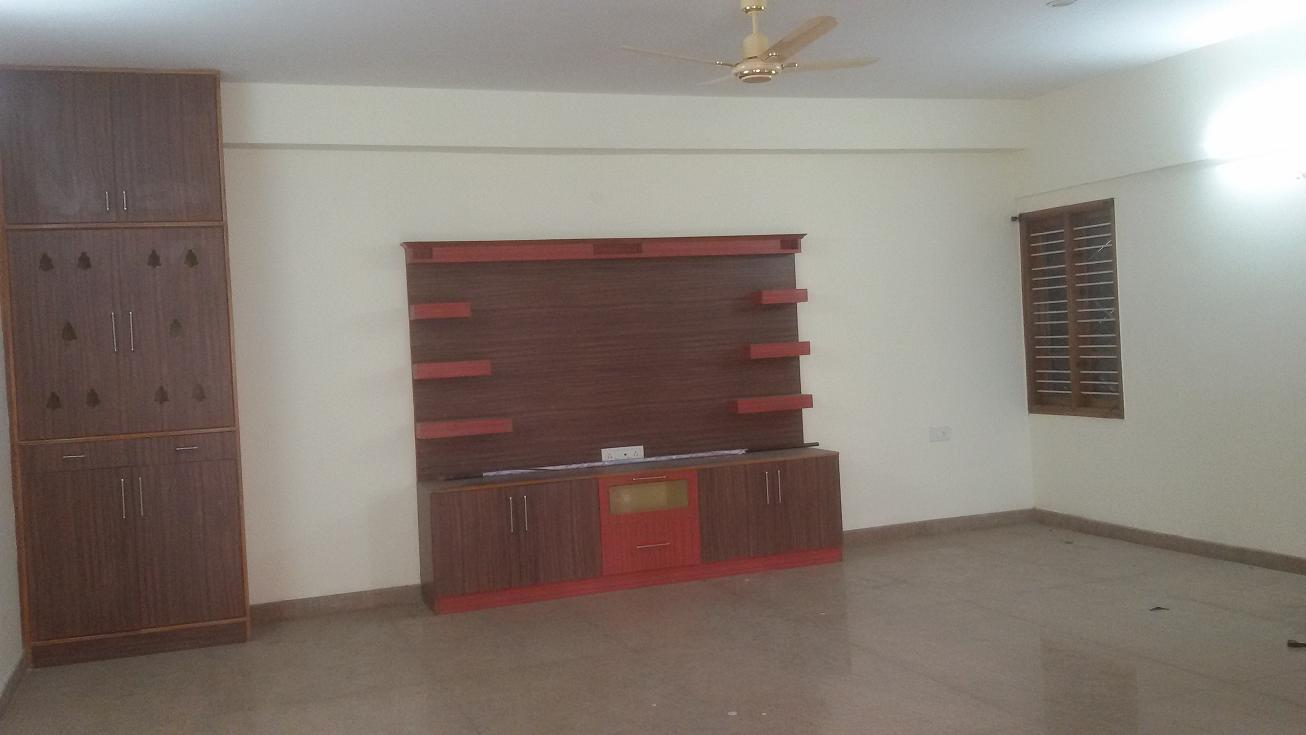 3 BHK FLAT FOR RENT @ BTM 1st STAGE NEAR AXA UDUPI GARDEN