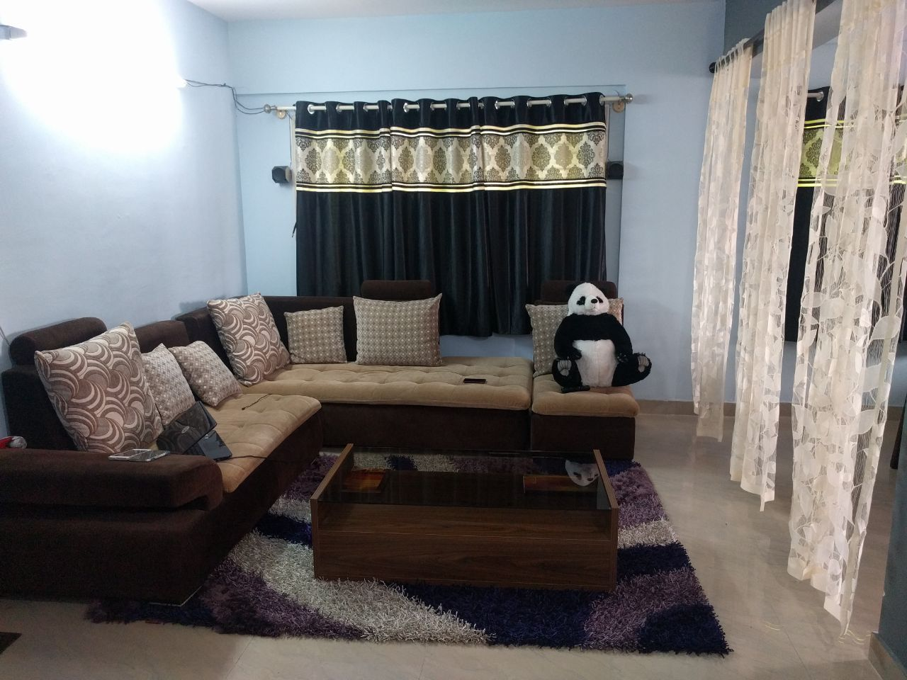 2 BHK FULLY FURNISHED FLAT FOR RENT  @ KORAMANGALA  4th BLOCK ST BED NR MANTRI CLASSIC